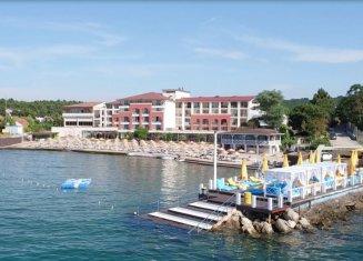 Gaia Beach Hotel