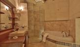 Golden Cave Suites