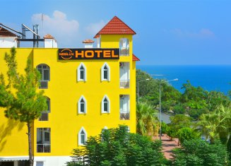 Nebilüx Hotel