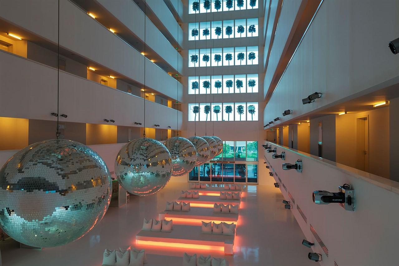 Sunis Hotel Su