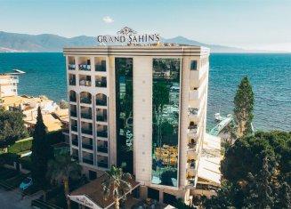 Hotel Grand Şahin's