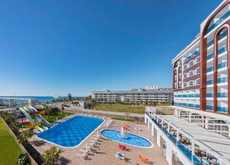 Al Bahir Deluxe Resort