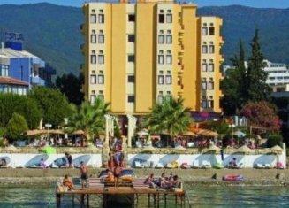 Macellan Beach Hotel