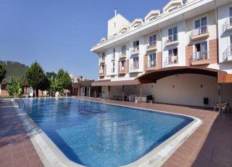 Larissa Hotel Blue Resort