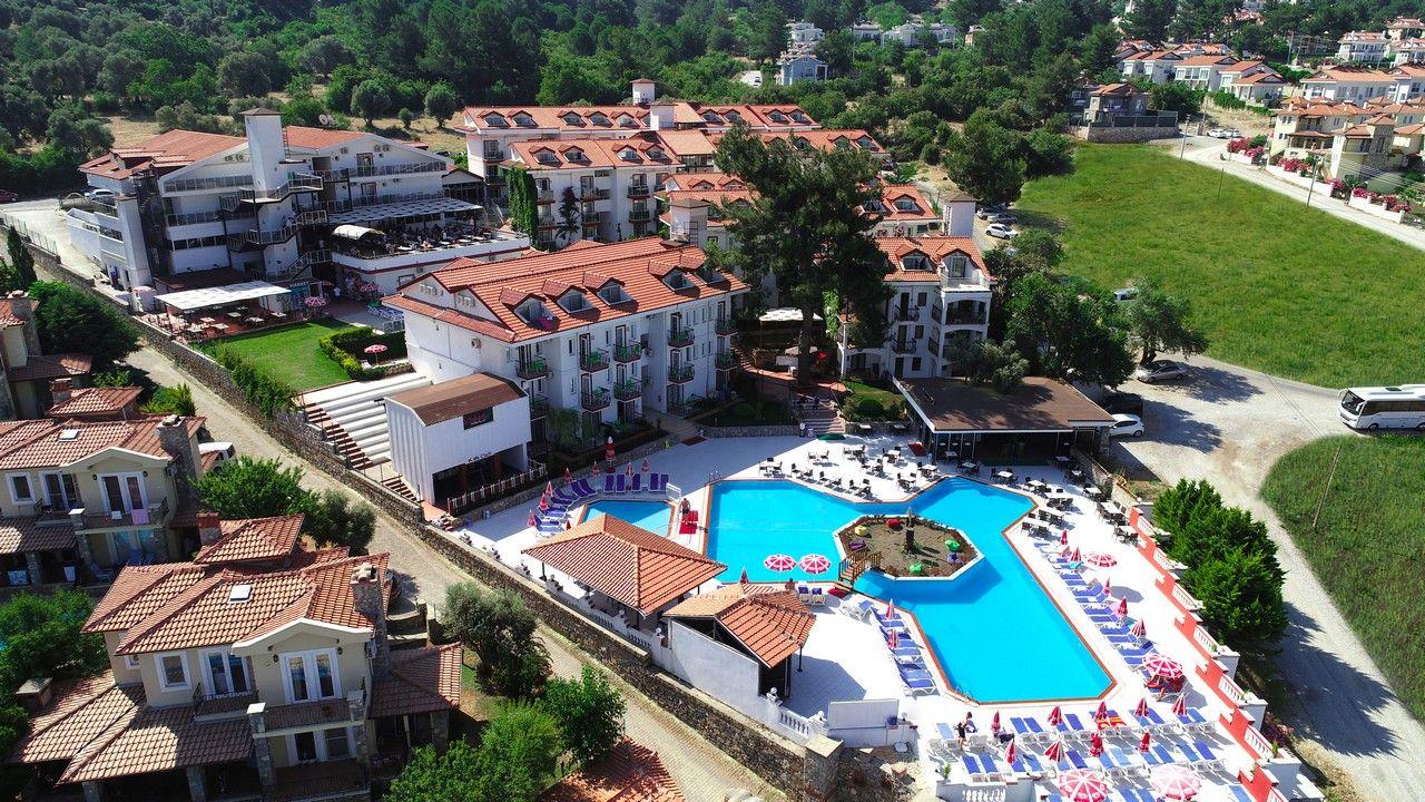 Sunshine Holiday Resort